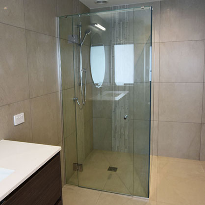 Frameless Box Shower